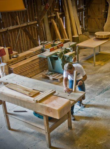 Werkplaats houten meubels